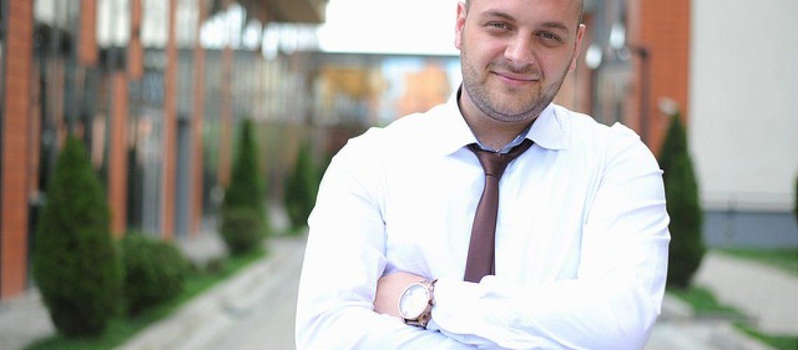 business-man-1385050_640